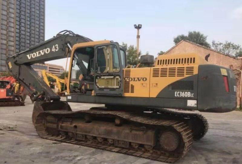 白城专业二手336-1卡特挖掘机,二手SK210-1申钢挖掘机价格优惠