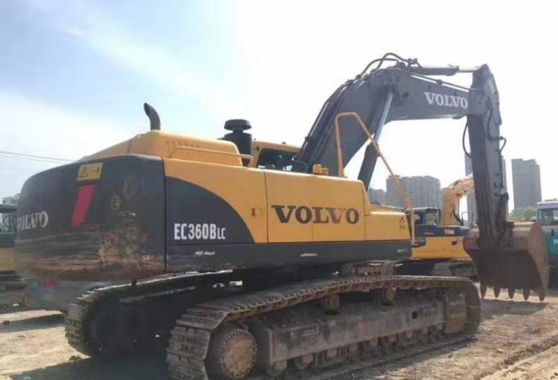 新乡专业二手SK210钢挖掘机,二手PC360小松挖掘机价格优惠