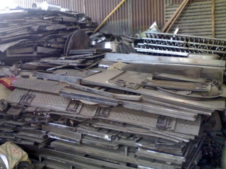 成都长期回收各种形状和尺寸的高价发电机